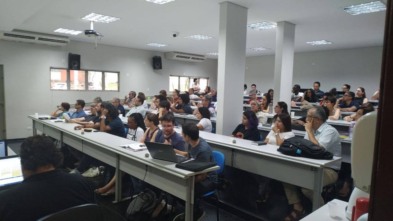Câmara de Graduação aprova implementação de cotas raciais na UEM