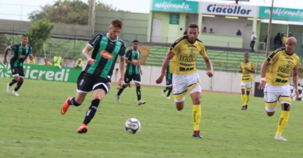 Maringá FC vence, mas não garante vaga nas semifinais do Paranaense