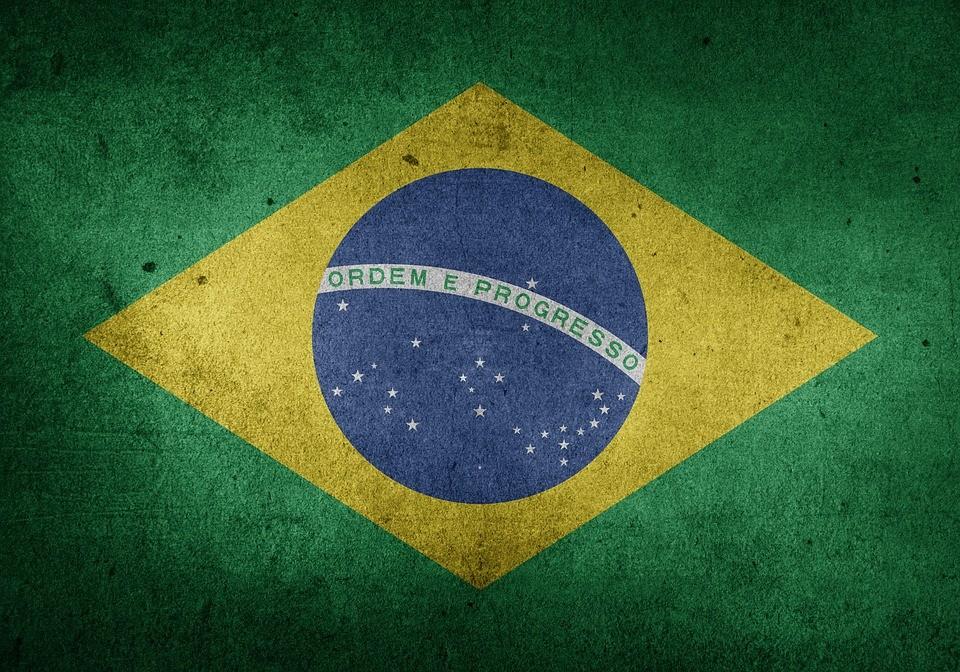Brasil tem autoritarismo na origem