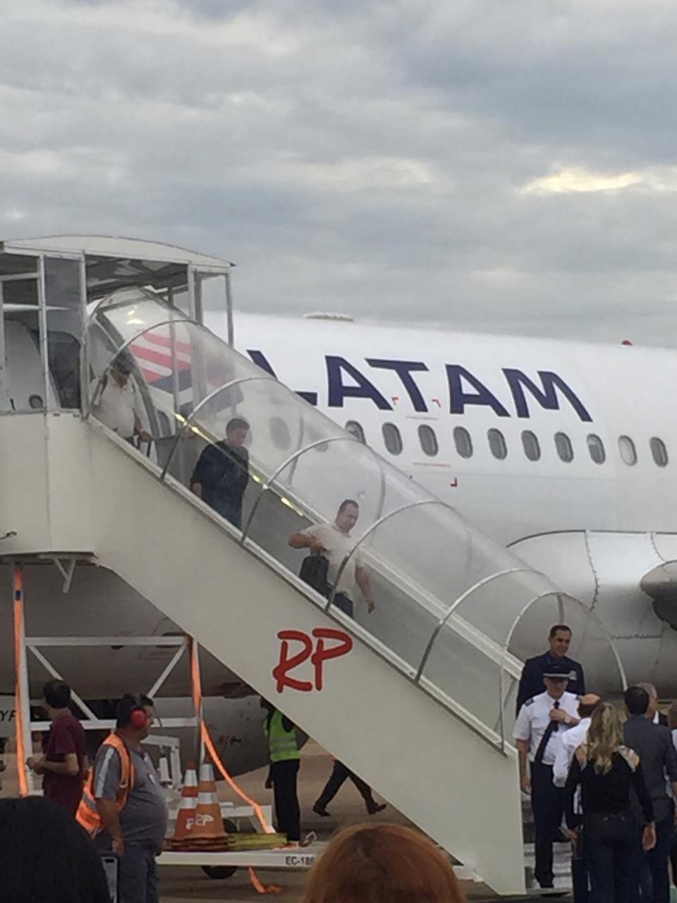 Latam retoma operação com dois voos diários