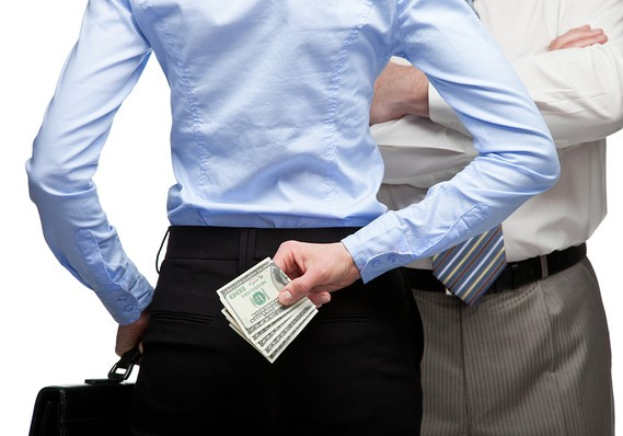 Infidelidade financeira pode prejudicar o casamento?