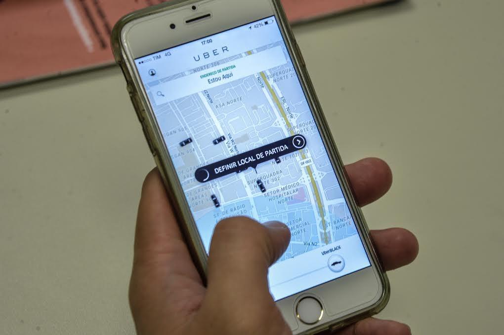Lei dos aplicativos ainda não foi regulamentada em Maringá