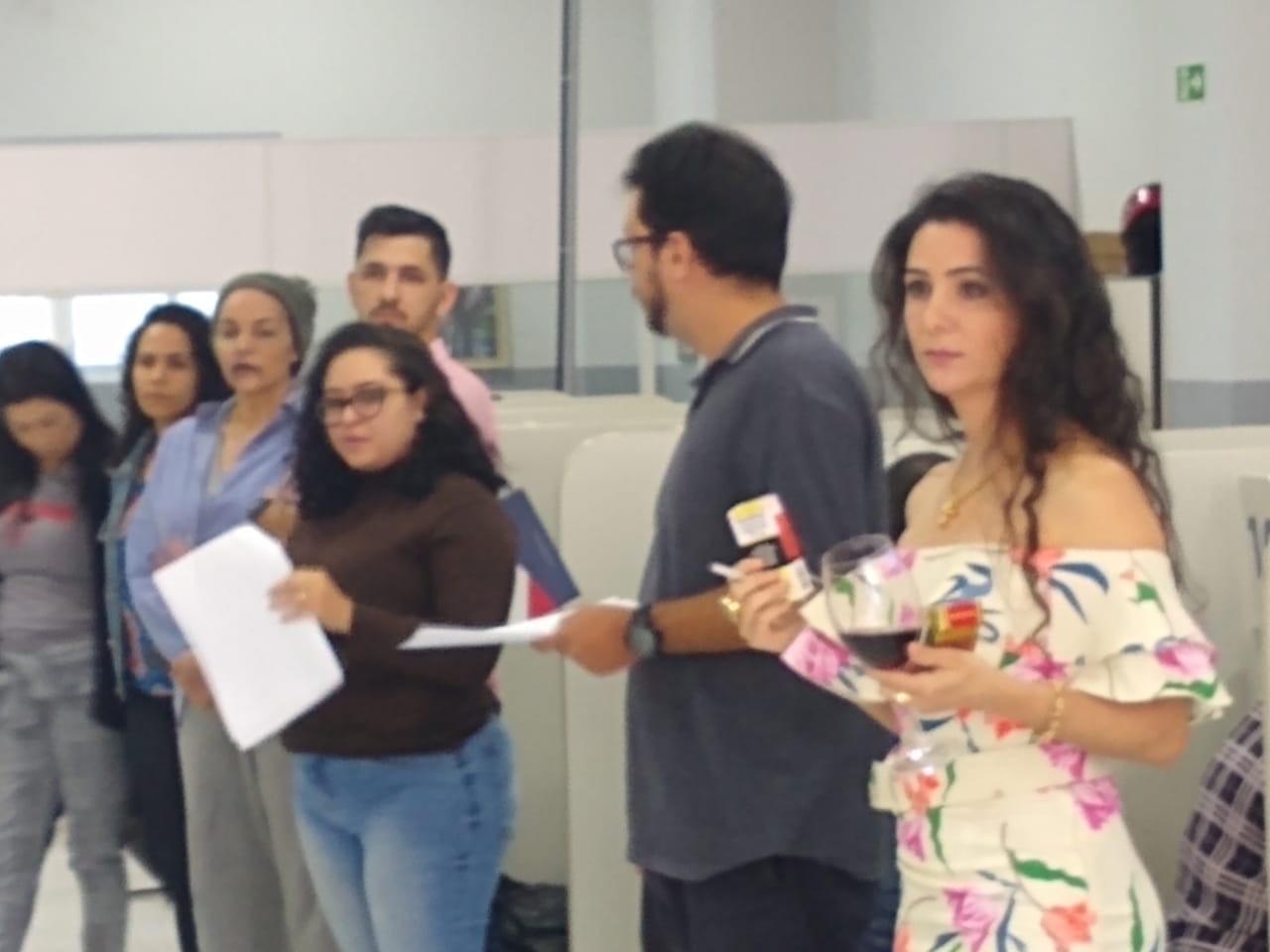 Na semana de prevenção, peça teatral dá apoio a quem procura emprego