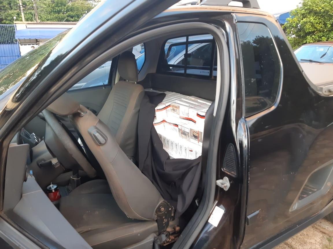 Motorista de 61 anos é preso com 12.500 carteiras de cigarro