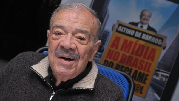 Gilson Aguiar comenta a morte do pai da publicidade, Altino de Barros