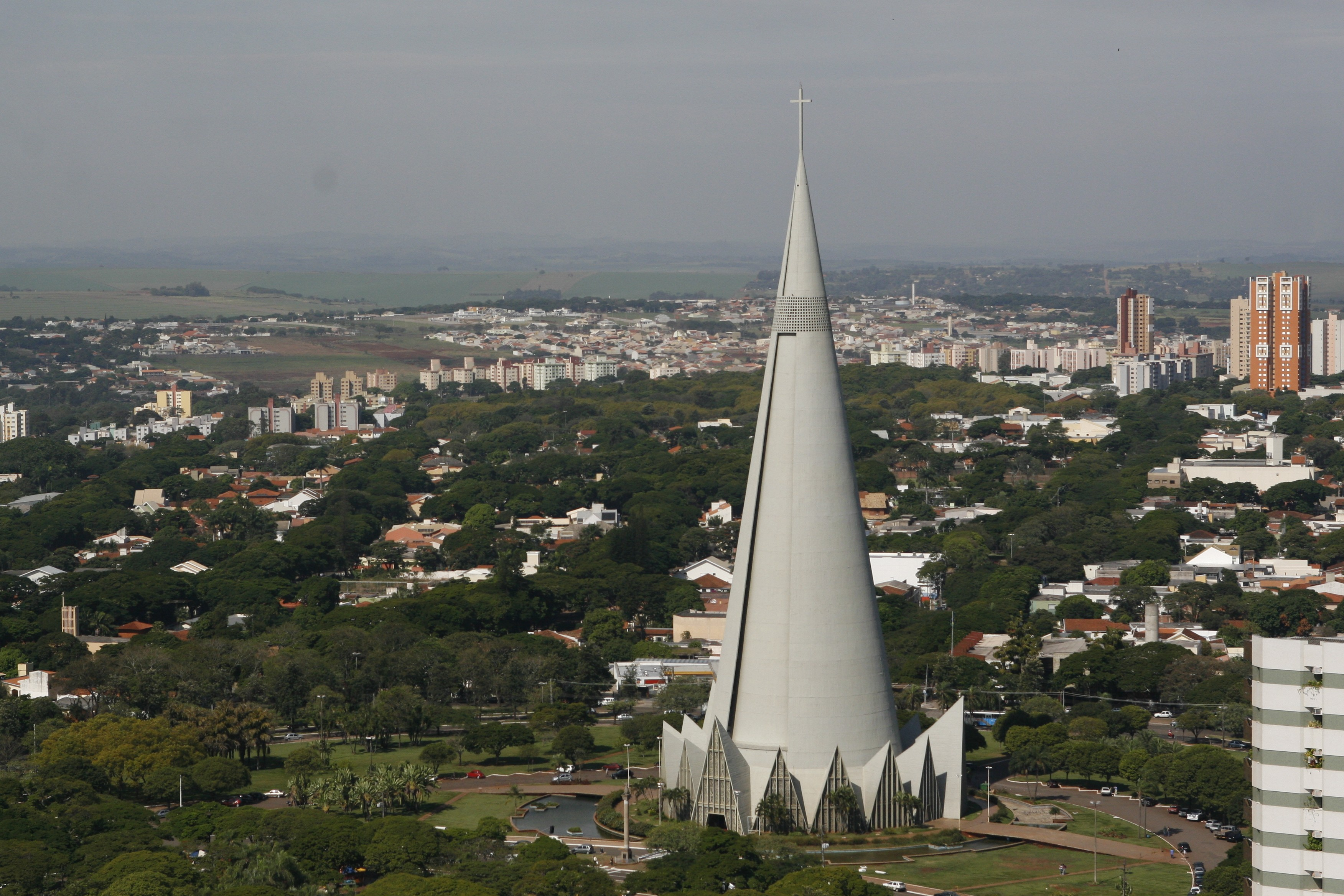 Setor imobiliário tem crescimento em 2018 em Maringá