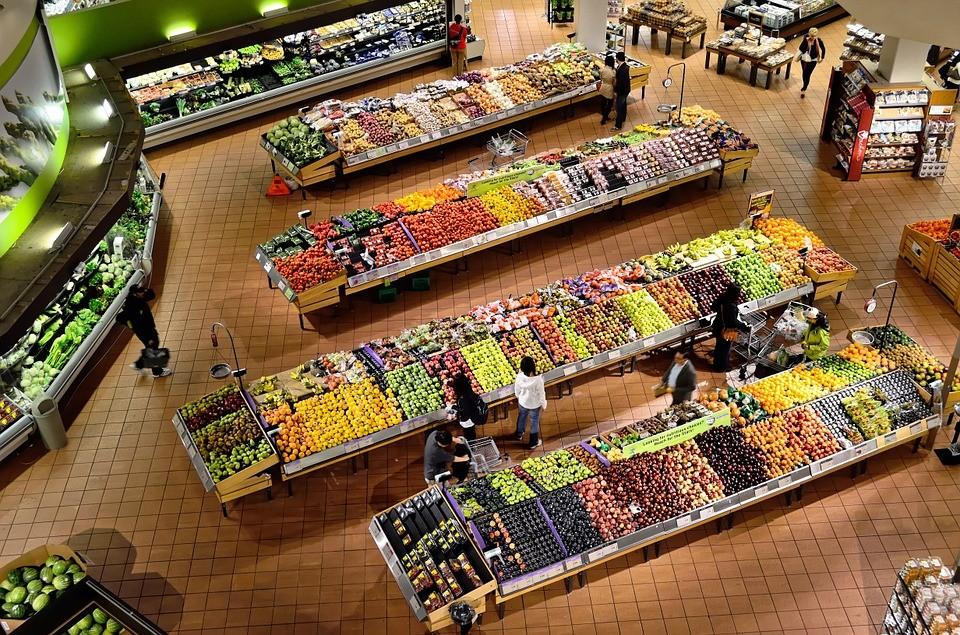 Supermercado usa as próprias sobras de comida para gerar energia