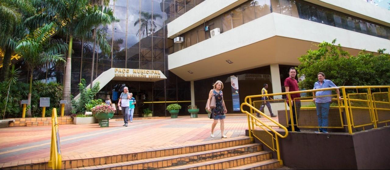 Mesmo com atrasos, Prefeitura de Maringá mantém concurso público