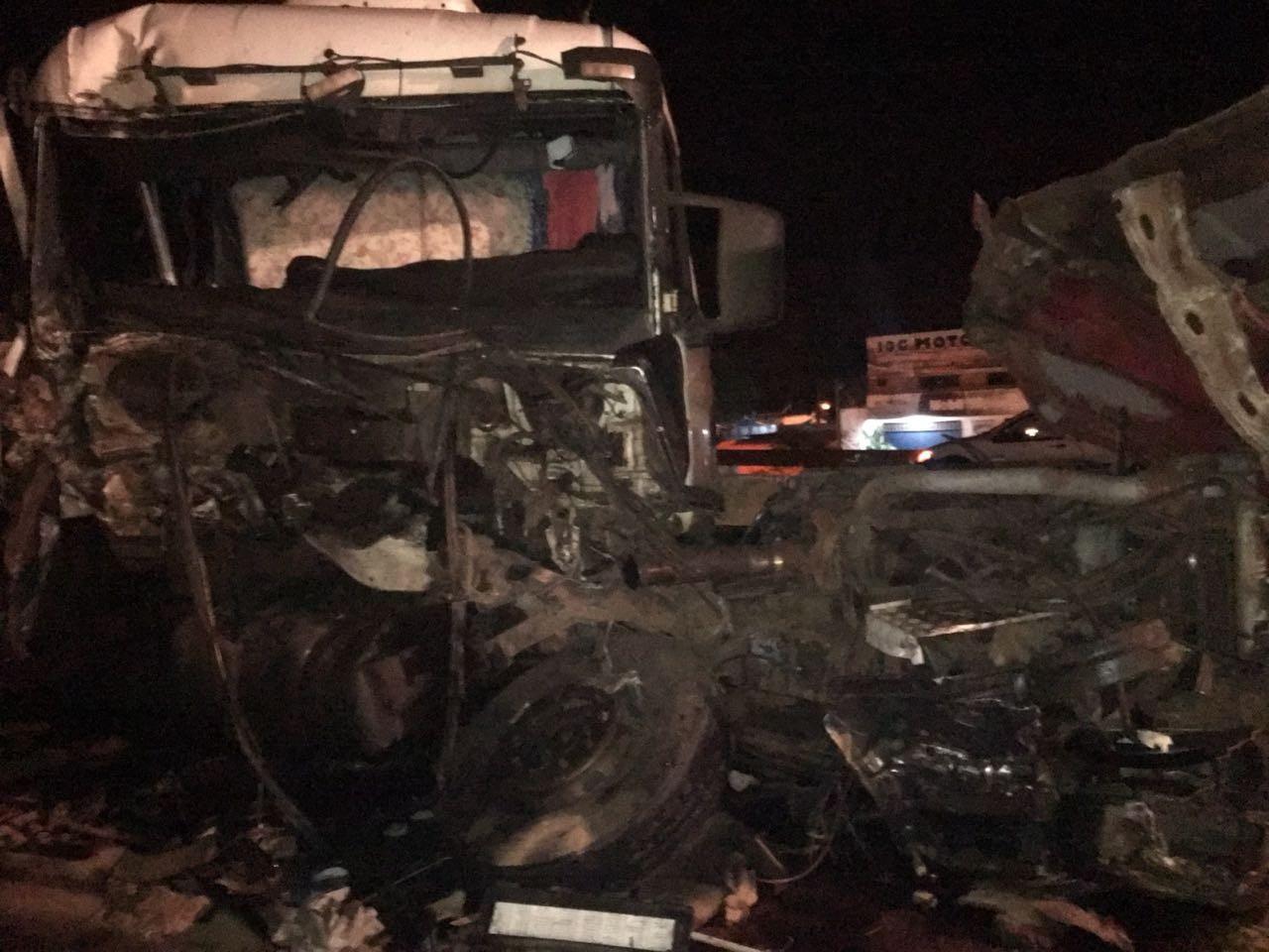 Sete pessoas ficam feridas em acidente na PR-323