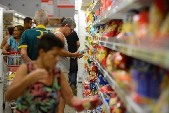 Sarandi e Marialva discutem o fechamento dos supermercados aos domingos