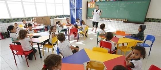 Compra de 135 vagas em escolas privadas entra na fase final