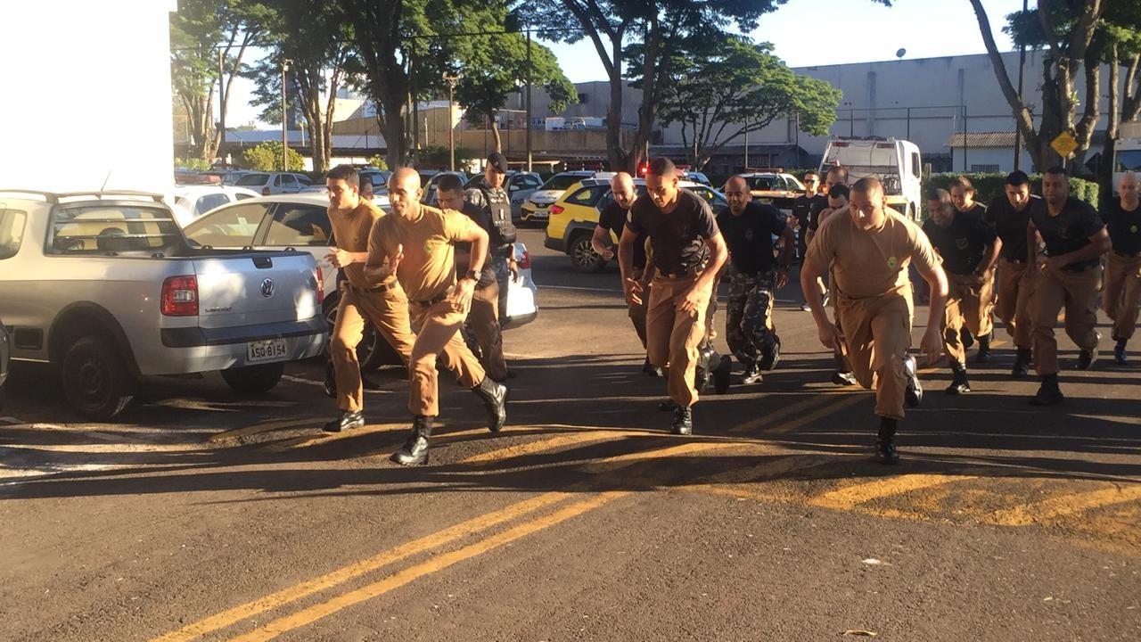 Quase 60 policiais disputam Prova Militar de Ferro em Maringá