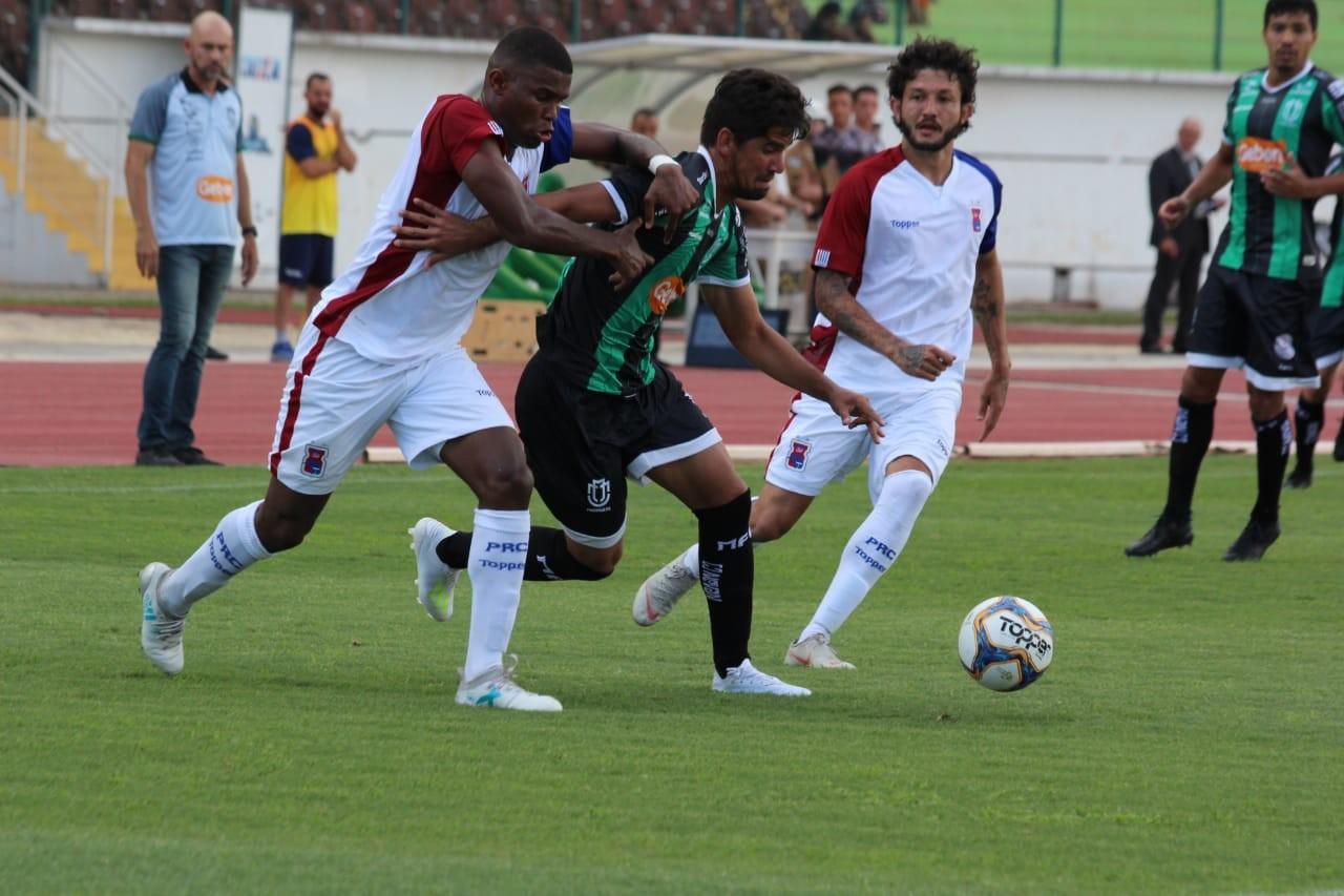 Maringá FC segue sem nenhuma vitória no Campeonato Paranaense