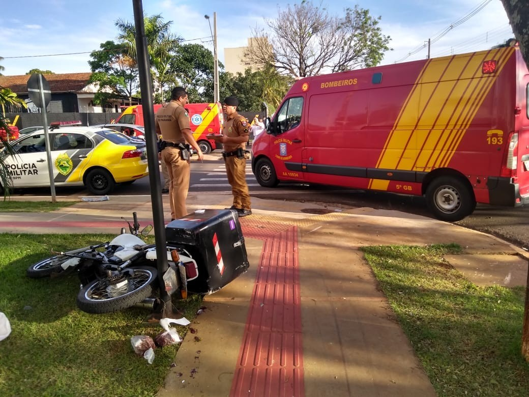 Após colisão com carro, moto atropela bebê, avó e babá em calçada