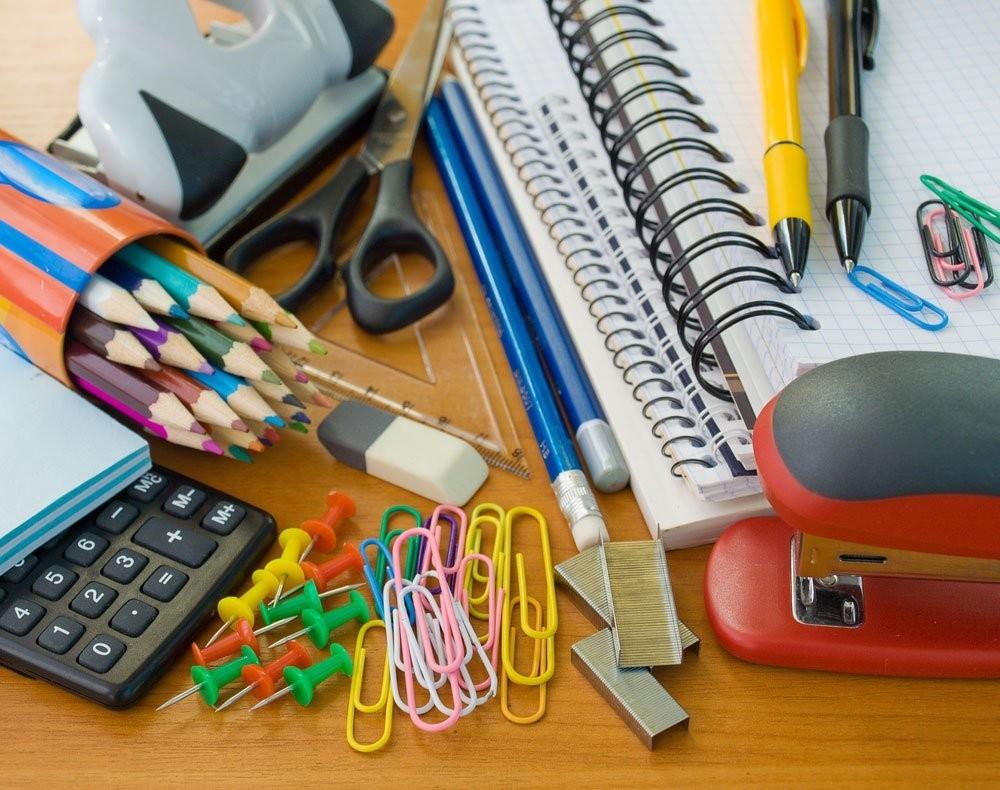 Material escolar tem variação de 121% em Maringá