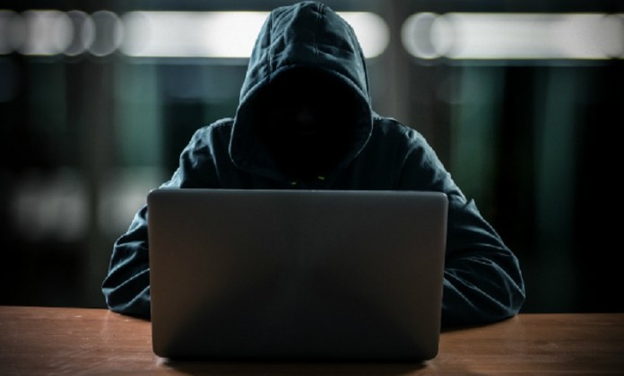Maringaense explica como caiu no 'golpe do empréstimo' pela internet