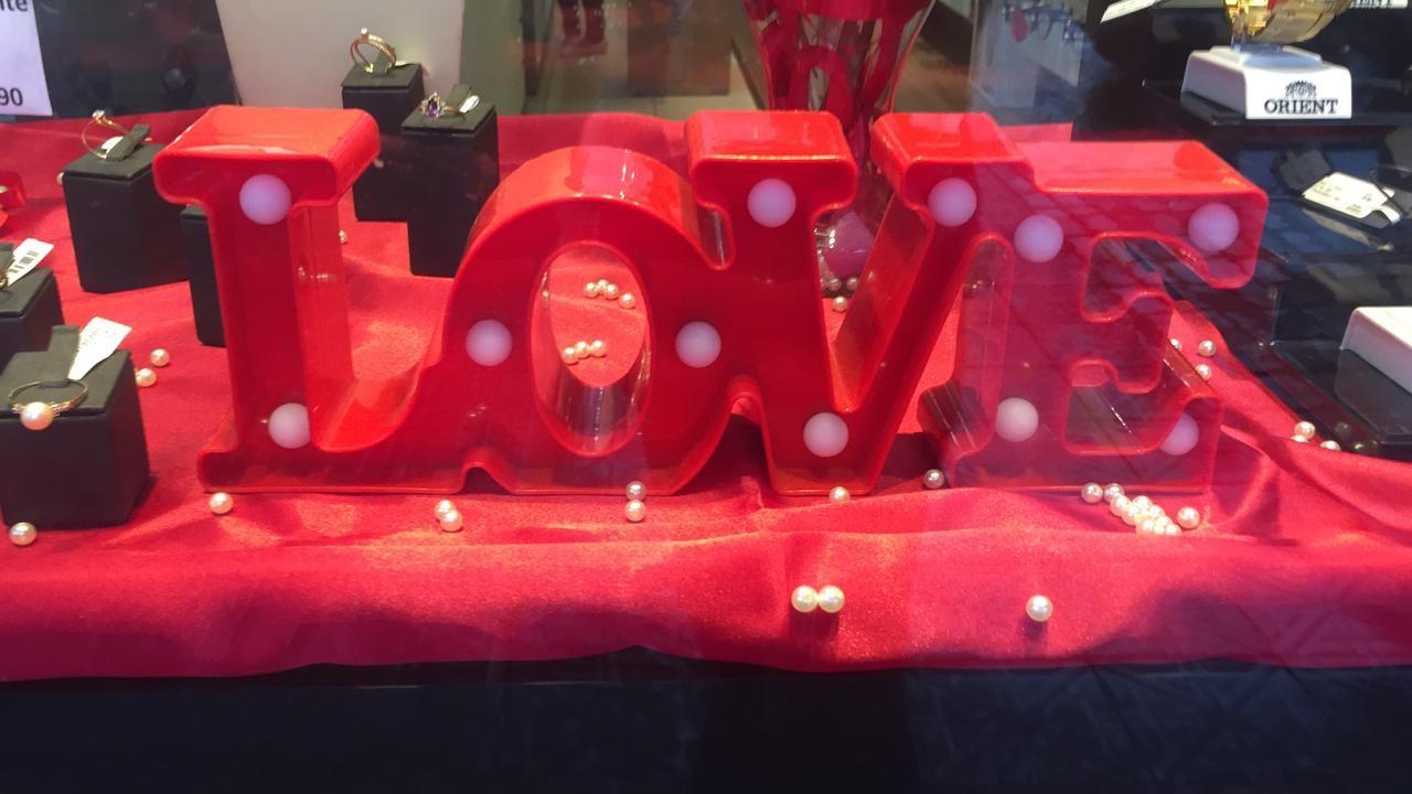 Gilson Aguiar: 'mais amor e menos presentes no dia dos namorados'