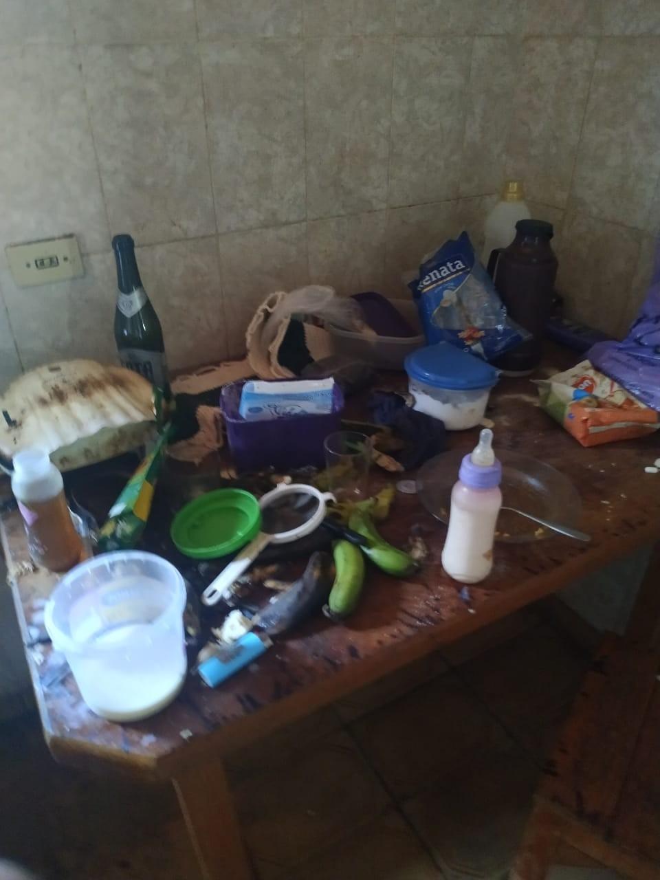 Conselho Tutelar resgata criança de 2 anos vivendo em condições insalubres