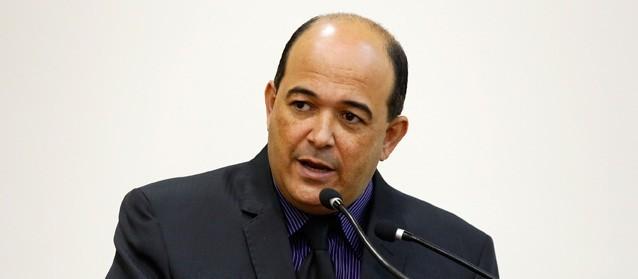 Presidente da CFO pede saída do vereador Odair Fogueteiro da comissão