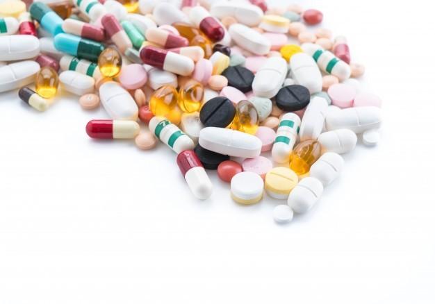 Moradora diz que Secretaria de Saúde não fornece mais medicamento de uso contínuo