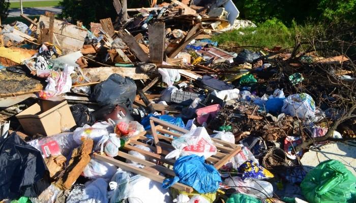 Cinco multas foram aplicadas este ano por descarte irregular de lixo