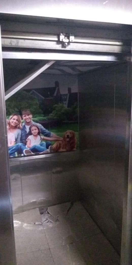 Com mais pessoas do que a capacidade, elevador cai no centro de Maringá