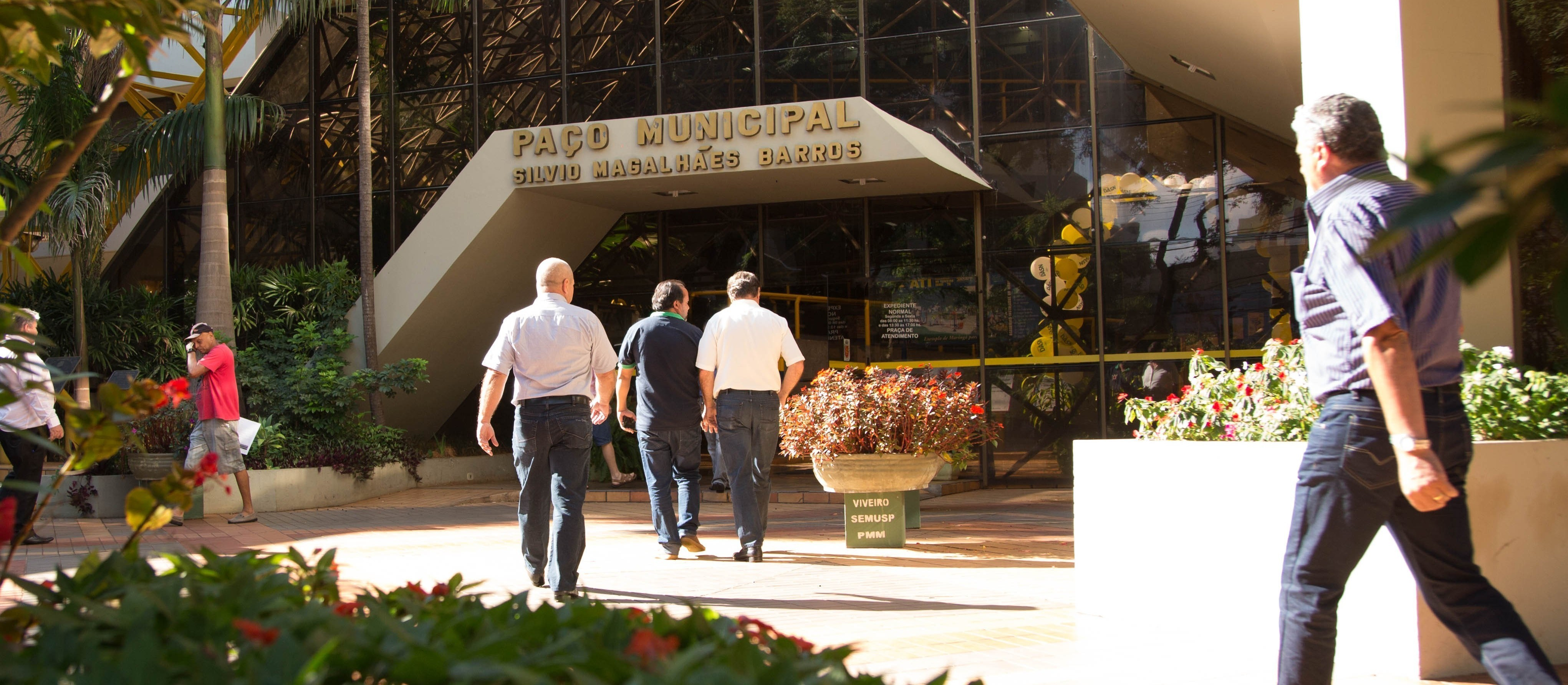 Prefeitura altera projeto para criação de oito novas carreiras