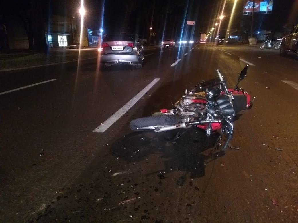 Acidente foi por volta das 23h, na Avenida Colombo - Vila Morangueira