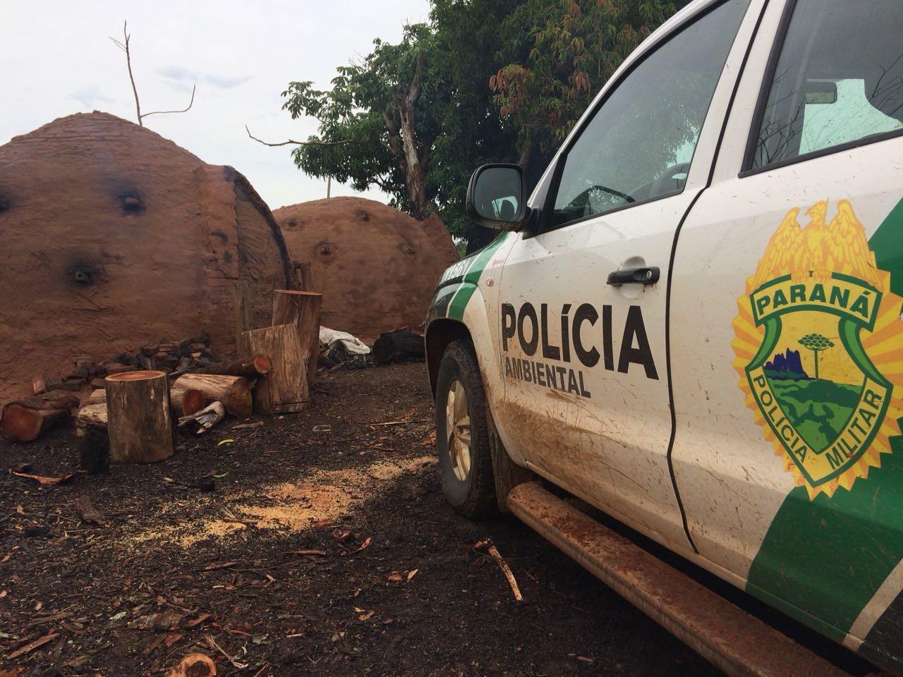 Polícia Ambiental fecha fábrica clandestina de carvão vegetal em Santa Isabel do Ivaí