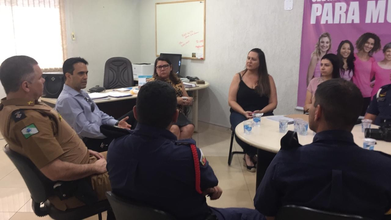 Projeto com estudantes universitárias é uma das estratégias de combate à violência contra a mulher