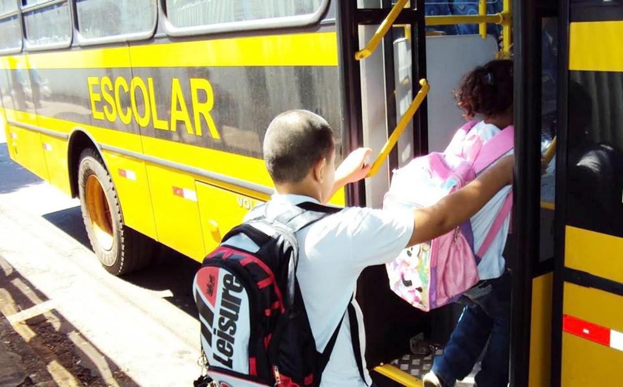 Ministério Público recomenda menos passageiros no transporte escolar