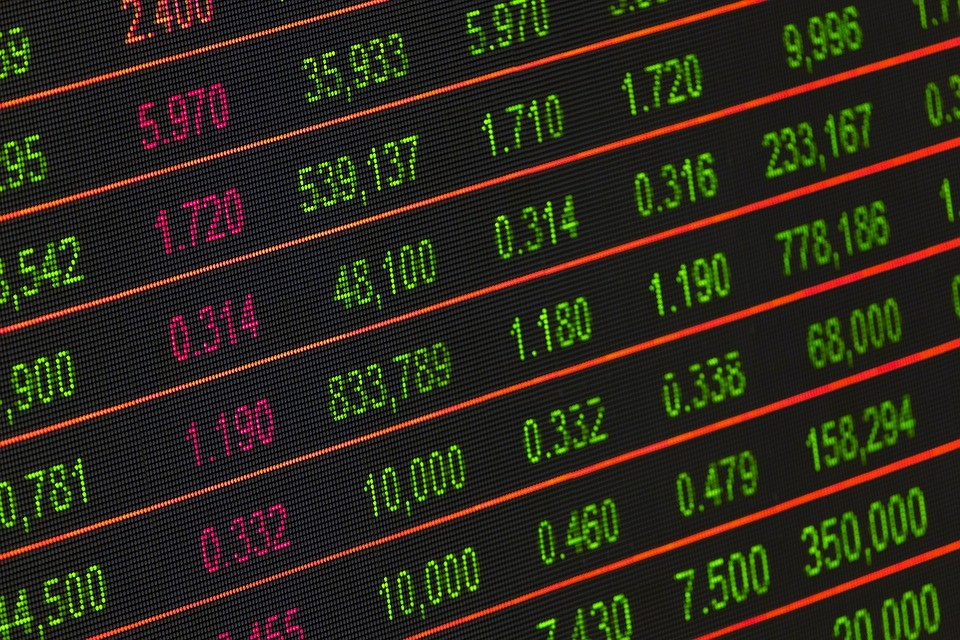 Economia mundial atravessa tensão; a brasileira ainda não se recuperou
