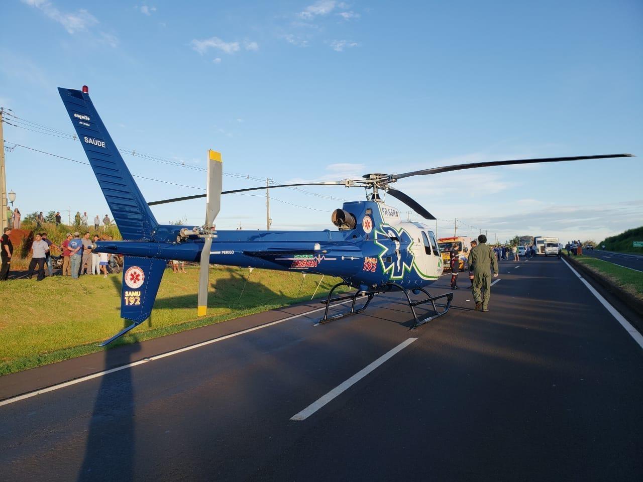 Idoso de 81 anos morre atropelado por van ao atravessar BR-376