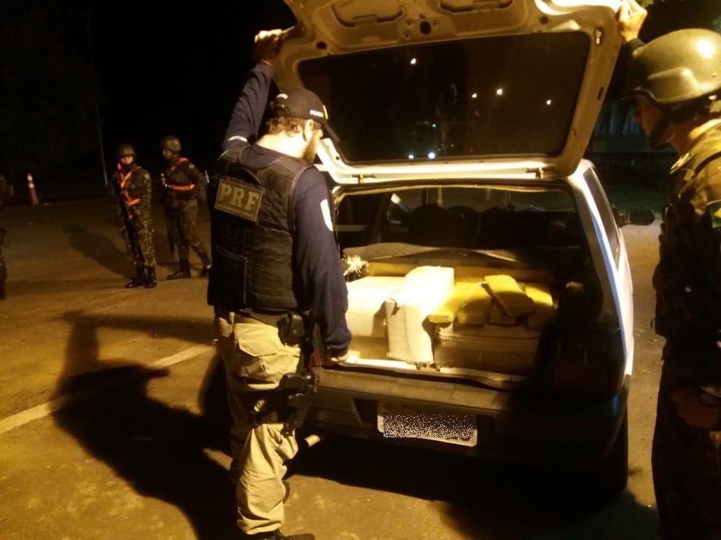 Homem é preso com 198 kg de maconha