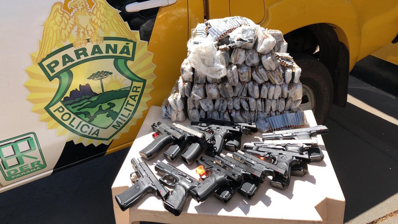 PRE aprende 13 pistolas e centenas de munições de fuzis