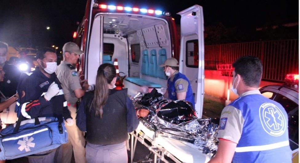 Jovem é morto e outro é baleado durante festa de aniversário em chácara