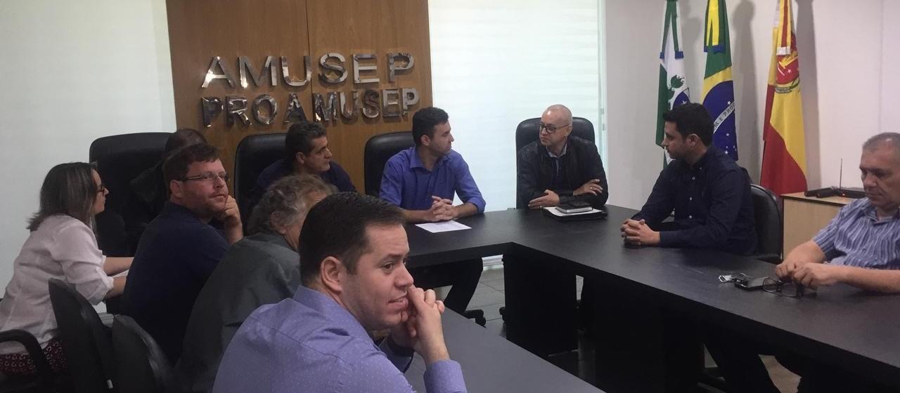 Prefeitos da região relatam caos e buscam solução conjunta