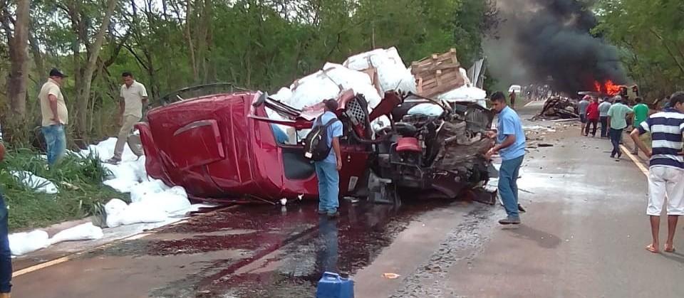 Está na UTI motorista de micro-ônibus envolvido em acidente na PR-082