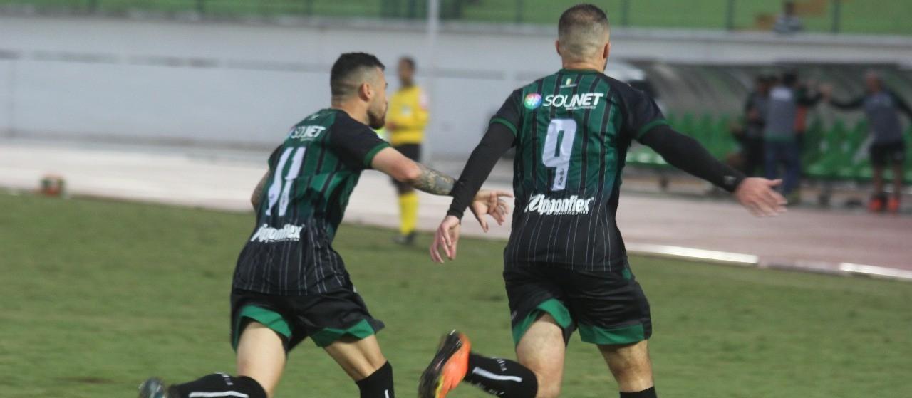 Sem vitórias no Paranaense, Cianorte e Maringá se enfrentam