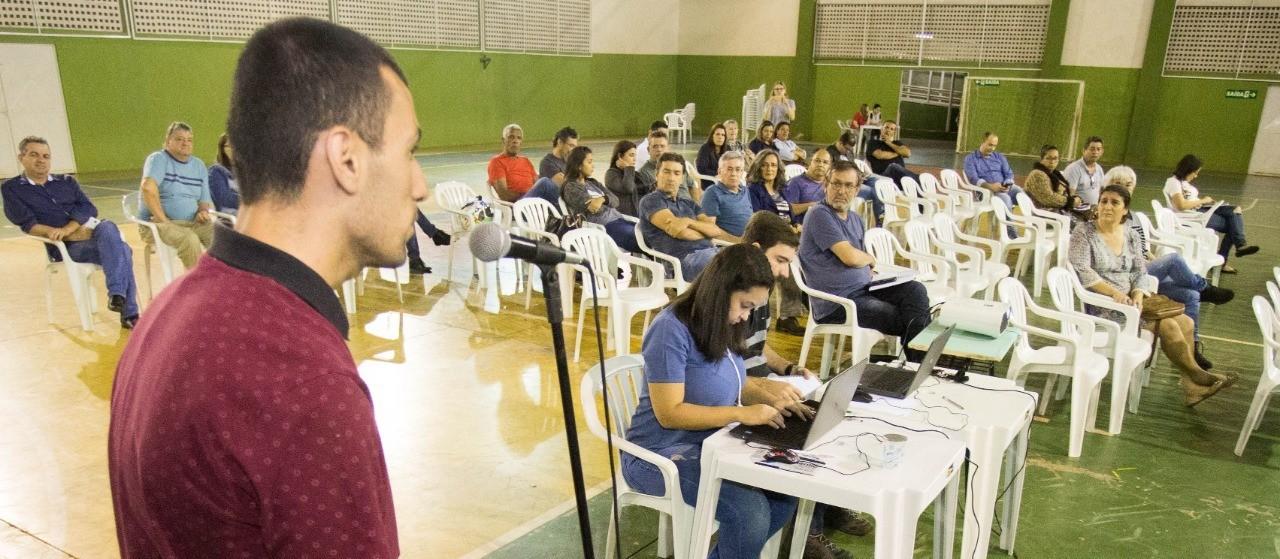 Iguatemi recebe assembleia para discutir Plano Diretor