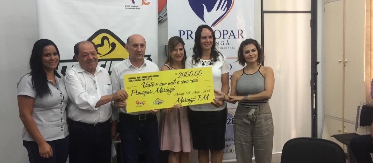 Maringá FM repassa mais de R$ 20 mil e 4 mil litros de leite ao Provopar