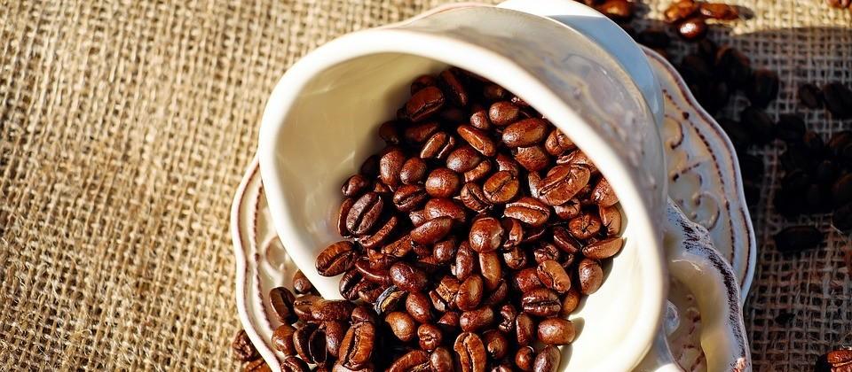 Café em coco custa R$ 6,86 em Maringá