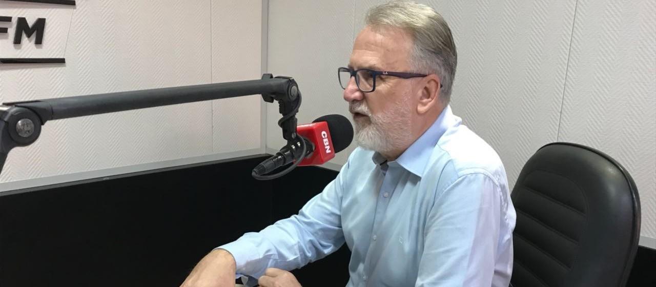 Vereadores votam projetos tributários e orçamento em Maringá