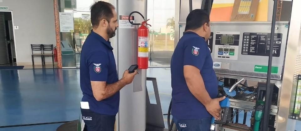 Ipem reprova 24 bombas de combustíveis de postos de Sarandi