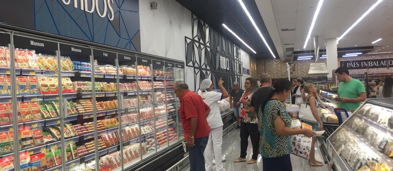 59% dos maringaenses são favoráveis à abertura dos supermercados aos domingos, revela pesquisa do Sismepar