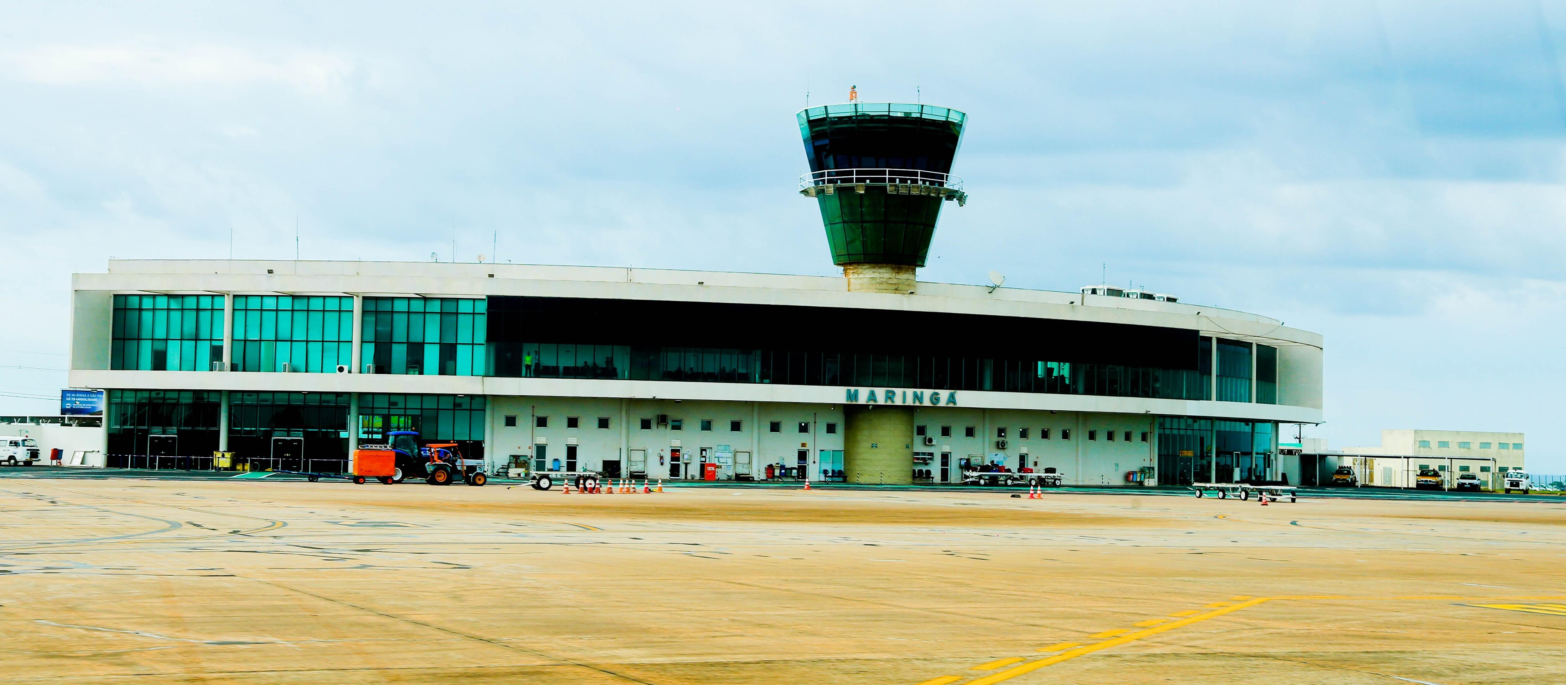 Movimento no aeroporto cresce, em média, 6%, diz prefeitura