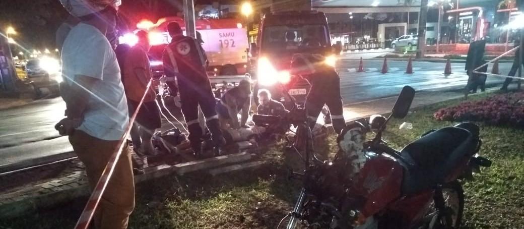 Em três acidentes de moto, três pessoas se ferem e uma morre