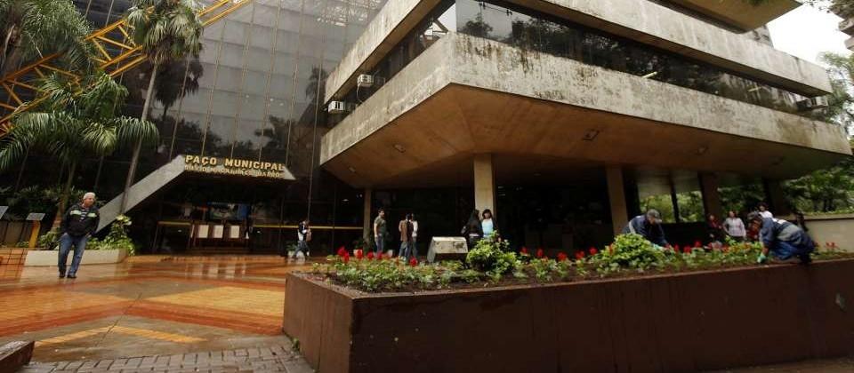 Prefeitura anuncia superávit de R$ 175 mi