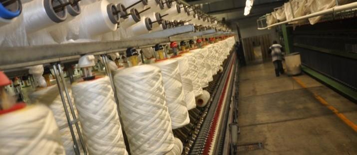 Indústrias têxteis estão entre as que mais poluem o planeta