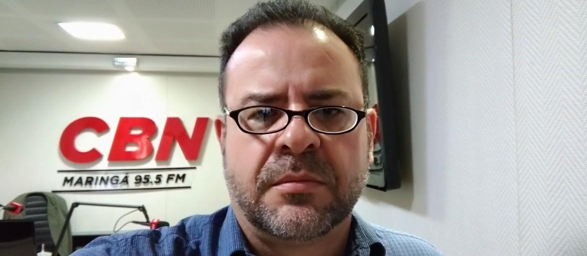 Gilson Aguiar comenta a permanência de Aécio Neves no Senado
